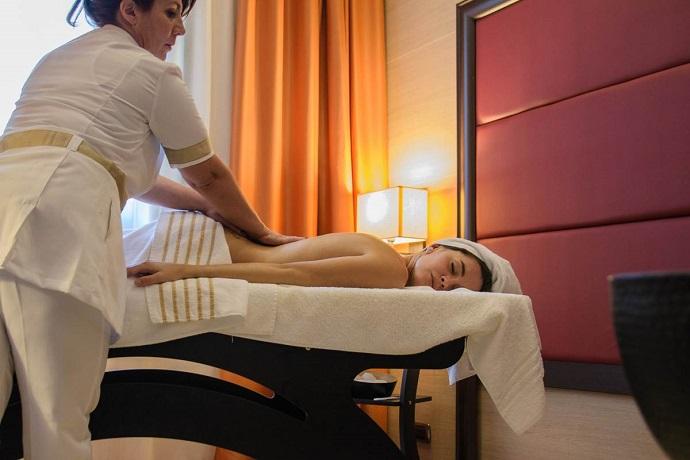 Massaggi professionali nel Centro Benessere
