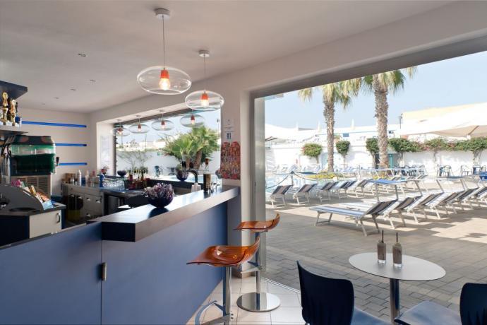 Resort con Piscina Animazione Spiaggia a Ugento