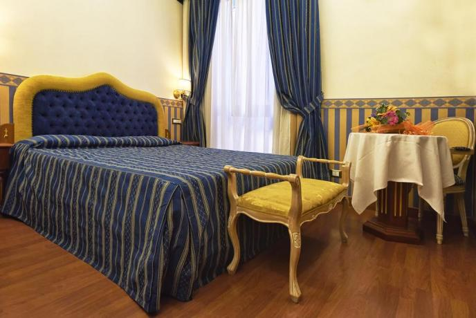 Romantica Suite in Centro a Roma BB