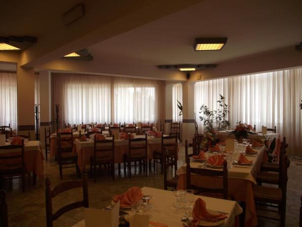 Ristorante Hotel vicino Catania per ricevimenti