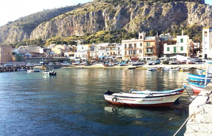 Imbarcazioni e mare, Castellammare del Golfo