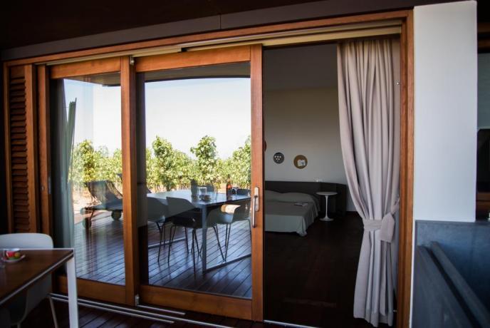 Appartamenti vacanza moderni Lipari con patio attrezzato
