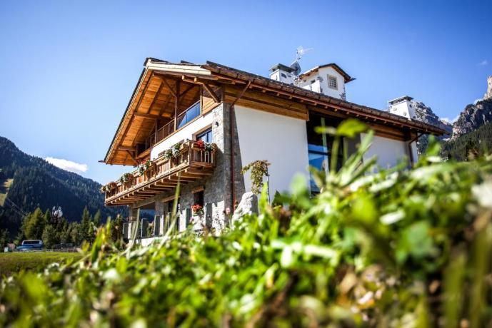 Chalet con appartamenti Alta Badia