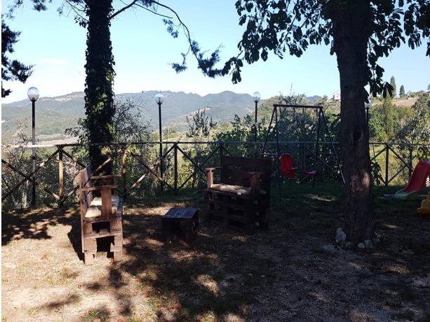 Ampio parco esterno e barbecue