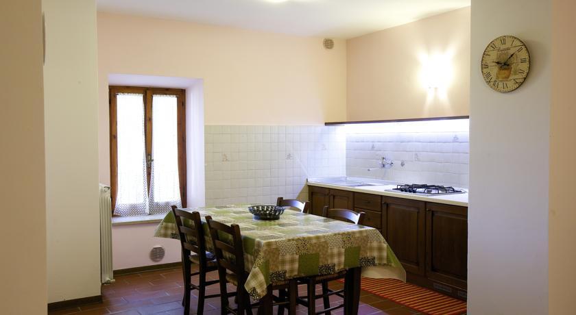 Spaziosa cucina attrezzata Appartamento La Lavanda