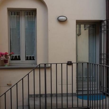 Ingresso appartamenti in affitto B&B Bergamo