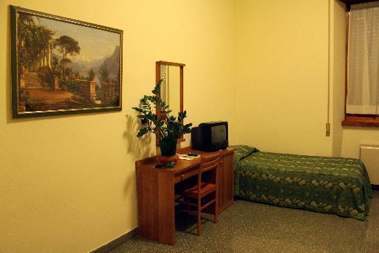 Camera Singola in Palazzo Storico nel Vaticano