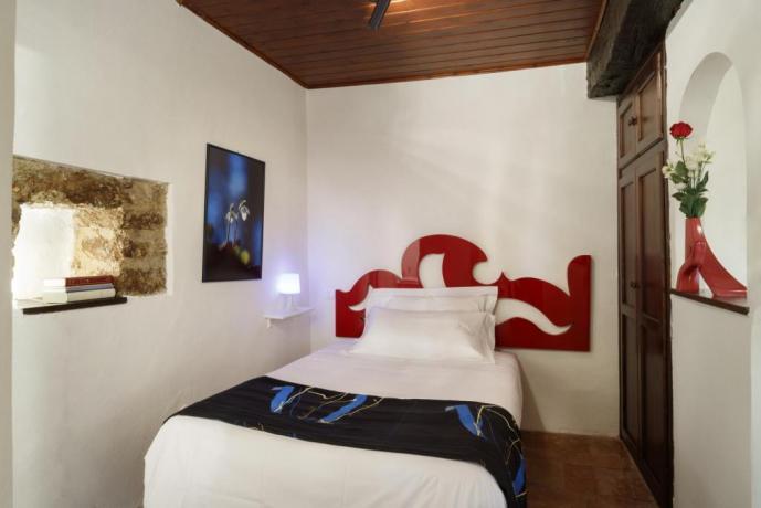 Camera-Singola in Appartamento-Giolli Borgo-sul-Clitunno Umbria