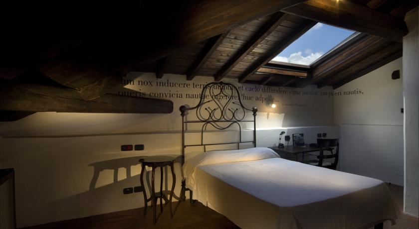 Hotel con Eleganti Camere nel Lazio