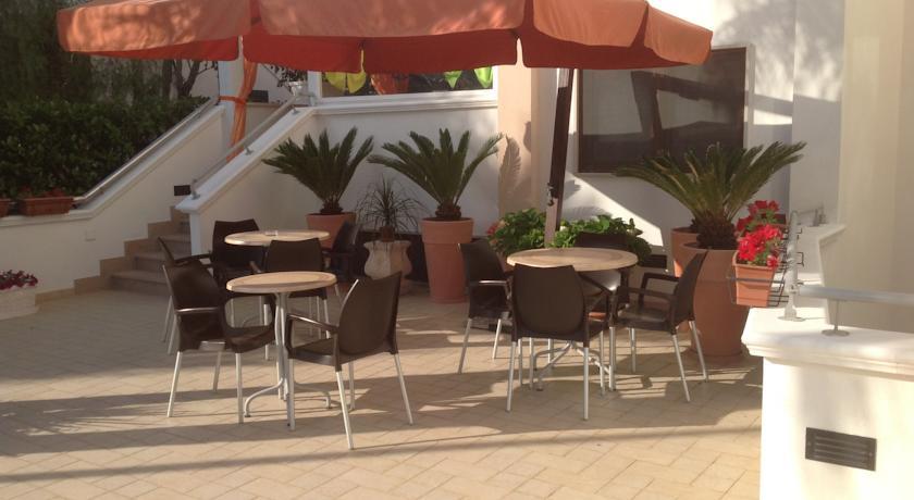 Hotel con Ristorante tra Ostuni e Carovigno