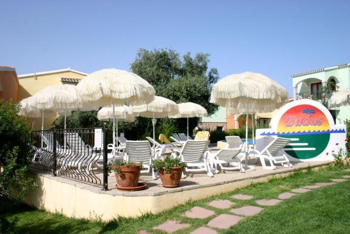 area solarium per rilassarsi, a badesi in residence