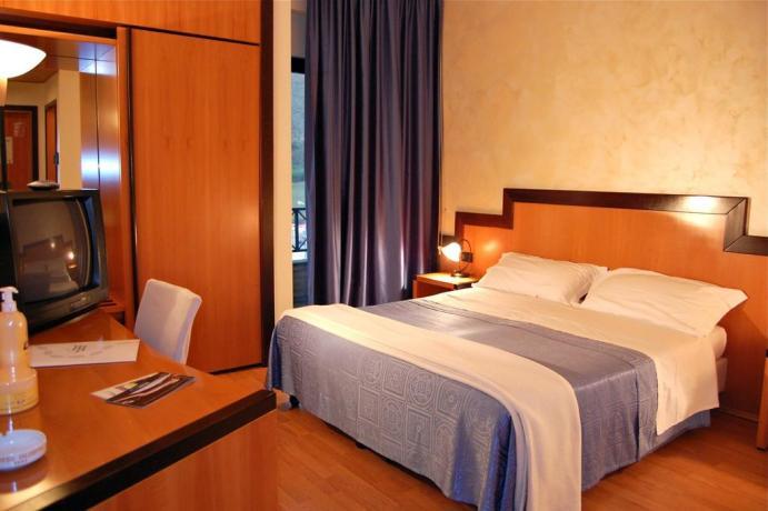 Camera matrimoniale Comfort Hotel Elité Avezzano L'Aquila