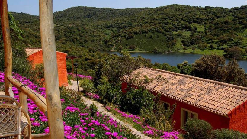 Lago Liscia vicinissimo Costa Smeralda vacanze in Resort4Stelle