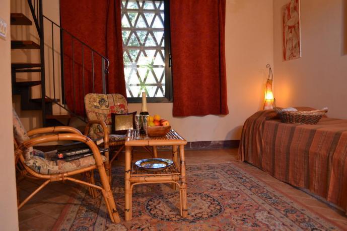Ampia sala comune con caminetto