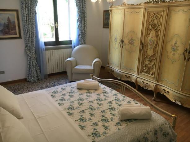 Villa lusso per vacanze in Umbria zona Lago-Trasimeno