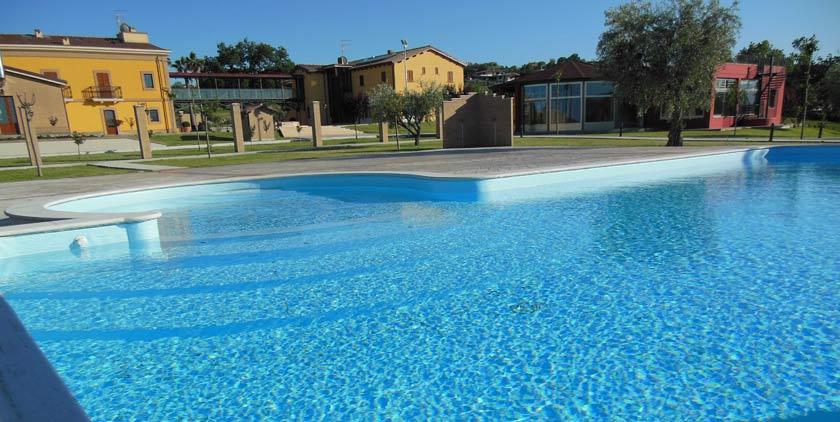 Agriturismo con Piscina Campi Sportivi vicino Alba Adriatica