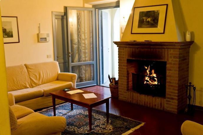 Relax  vacanza appartamento immerso nel verde Umbria