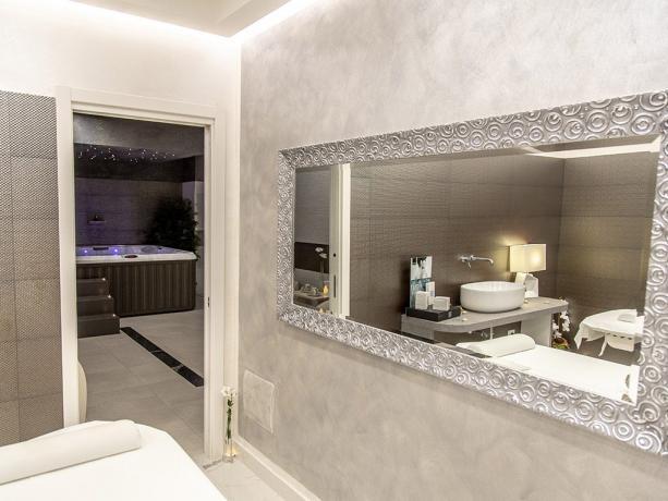 Centro massaggio hotel 4stelle Battipaglia-Salerno