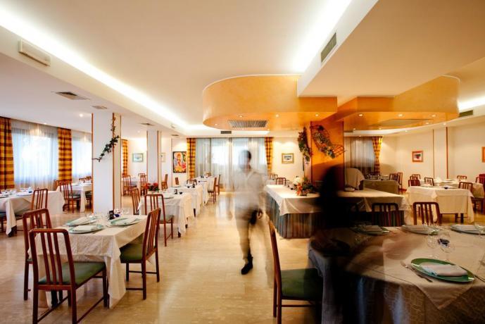 Hotel con ristorante tipico a San Benedetto
