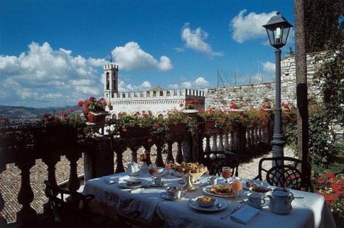 Hotel 4 stelle, bellissimo terrazzo vista Gubbio