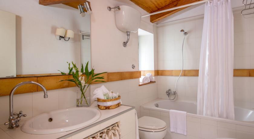 Bagno privato camera Bracciano Resort Romantic