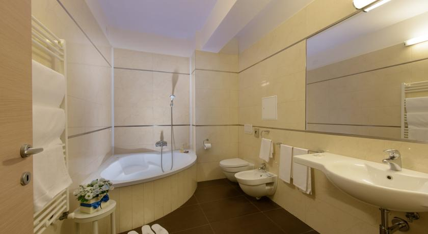 Bagno privato in camera all'hotel in Campania