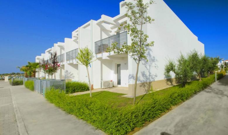 Appartamenti Vacanza Metaponto sul mare con Piscina