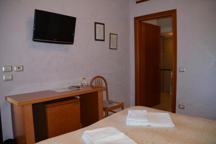 camera matrimoniale hotel vicino roma