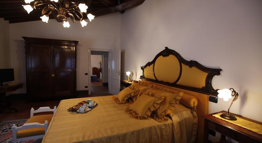 Suite Bach matrimoniale Villa chianti Toscana