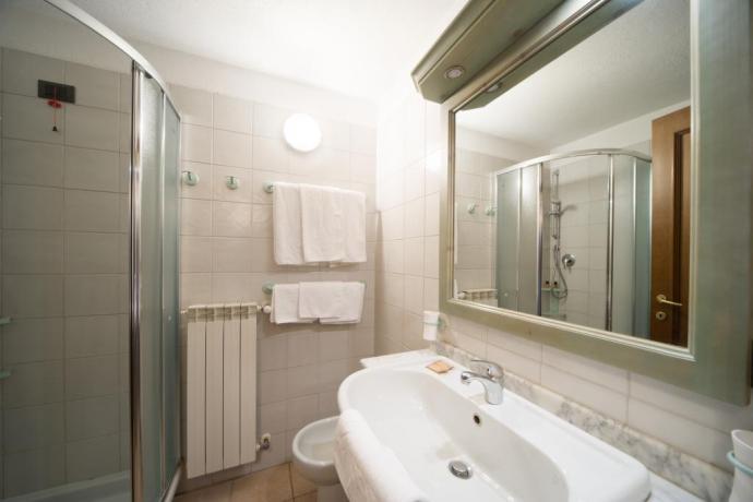 appartamento-vacanze bardonecchia bagno in trilocale 6persone set cortesia