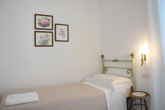 Camera con letto singolo B&B vicino Roma
