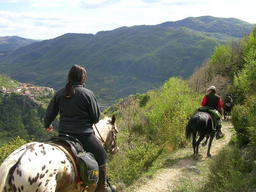 Trekking and Horsebackriding in Italy