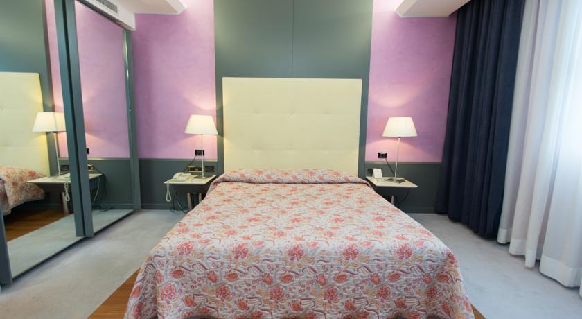 Junior Suite in hotel a Pomezia