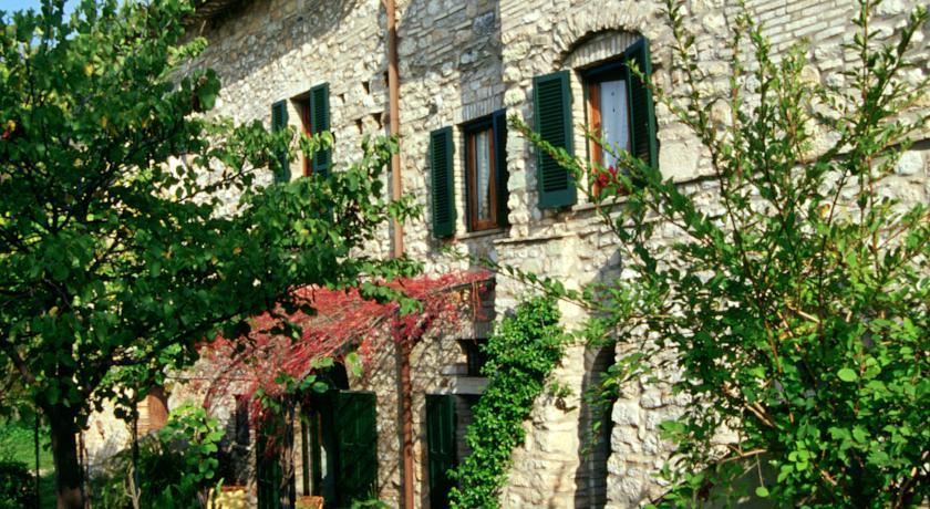 Appartamenti Vacanze con Cucina, Giardino in Assisi
