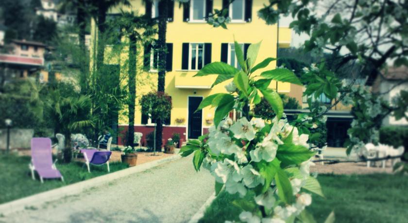 Camere B&B in Villa sul Lago di Varese
