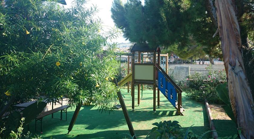 Parco Giochi Ideale Famiglie Hotel*** Patti