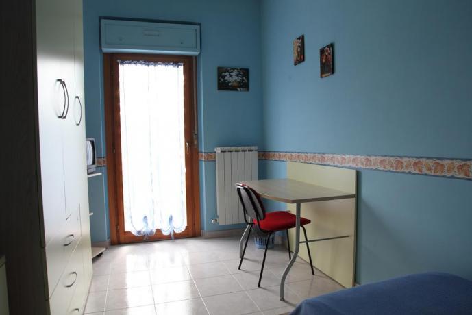 Camera singola + scrivania B&B a Benevento