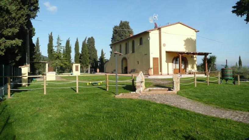 Agriturismo in Toscana con ampio giardino