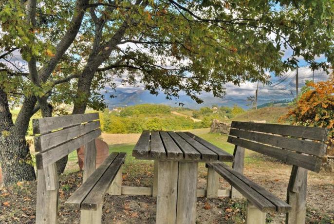 Casolare con Zona picnic ombreggiata