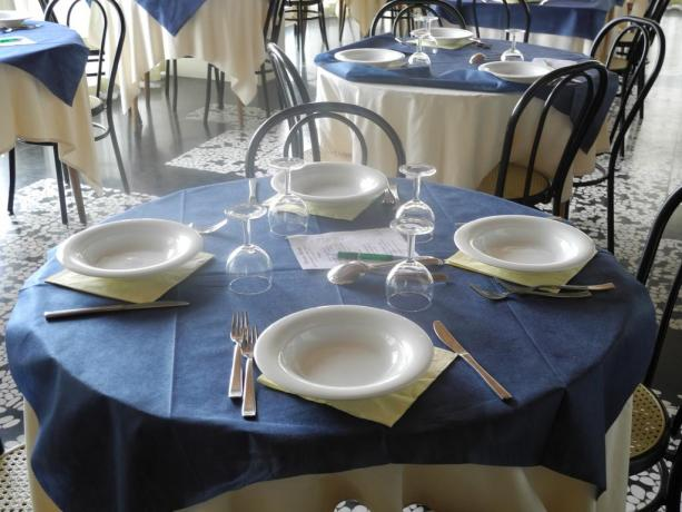 Menù a scelta nel ristorante hotel a Pesaro