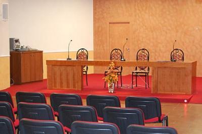 Sala convegni 250 posti vicino caserta