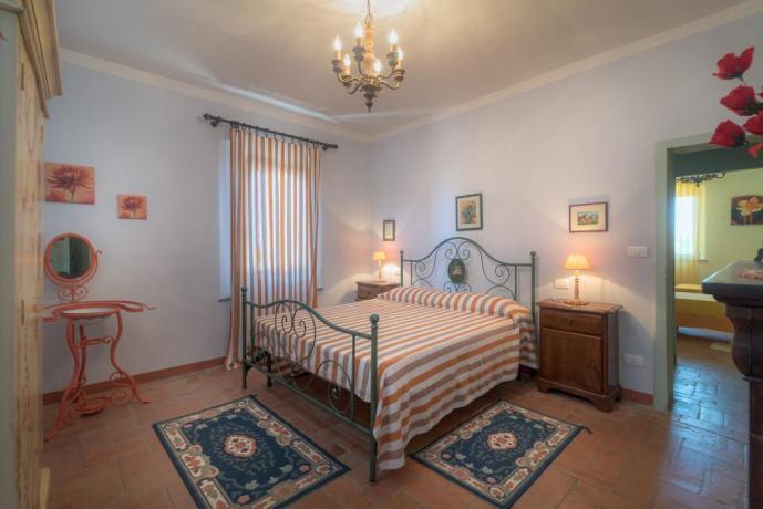 Camera matrimoniale la rosa-canina Castiglione-del-Lago coppie-famiglie