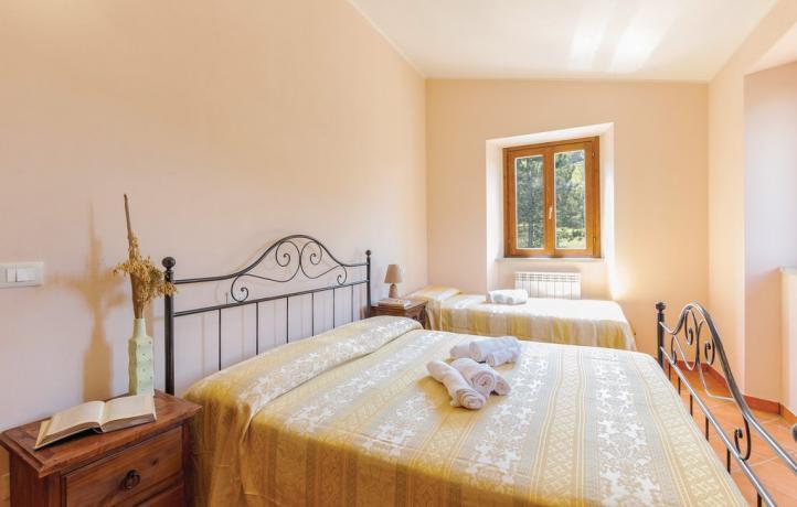 Camera Matrimoniale Doppia a Urbino Riscaldamento-Autonomo