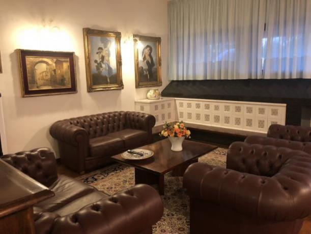 Soggiorno della villa per 10 persone in Umbria