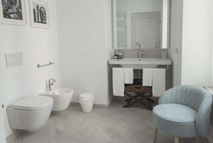 Bagno Junior Suite hotel vicino Albenga