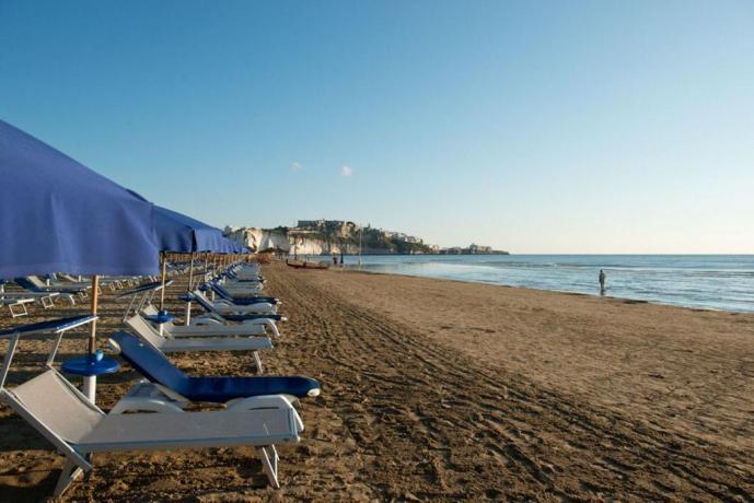 Lungomare e Spiaggia a Vieste