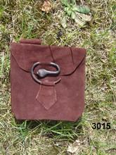 Scarselle, borsette, accessori medievali