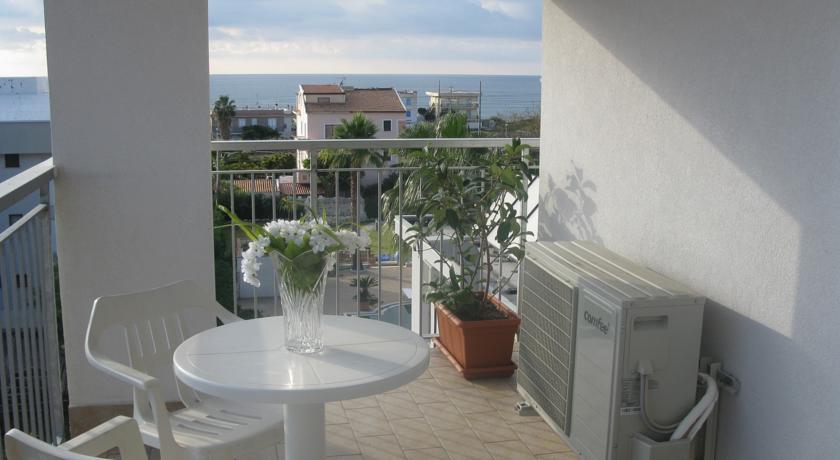 Camere vista Mare a Campora San Giovanni