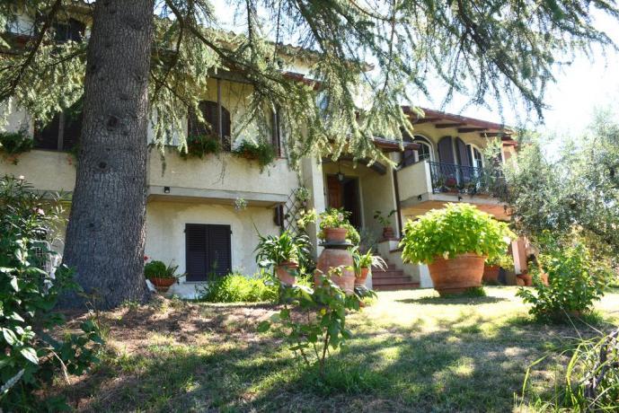 Esterno B&B con giardino ad Arezzo