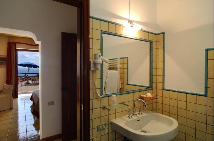 Bagno privato in hotel Palinuro